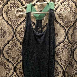 Old Navy blue workout tank